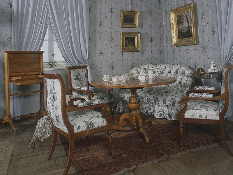 Ausstellungen schloss weesenstein for Wohnzimmer 19 jahrhundert